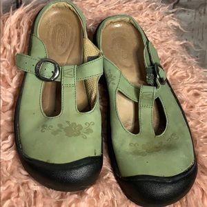 Green keen sandals